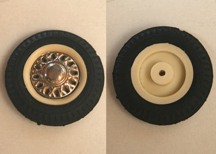 Joustra France Peugeot 404 60's A tire with tin hubcap and plastic Wheel original tin toy part