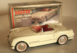 NewToy China Chevrolet Corvette Convertible Friction in box 10.5 inches (26.5 cm) original tin toy car Item 2NewToyTFCCbx
