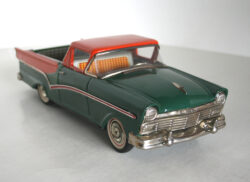 Ford Ranchero 1957 friction Bandai 50's
