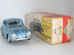 volkswagen-beetle-first-generation-in-box-bandai-60s
