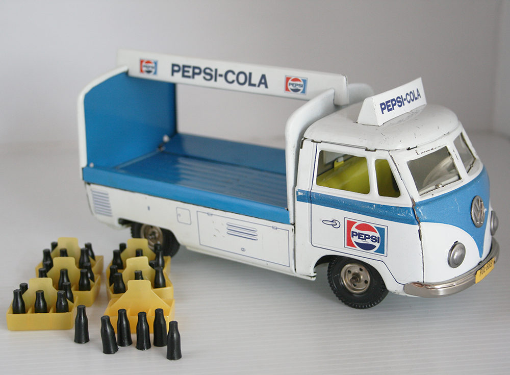 TippCo. Lemy Poliumex México 60's Volkswagen Transporter PEPSI-COLA Delivery friction 9.5 Inches (24 cm) original tin toy car