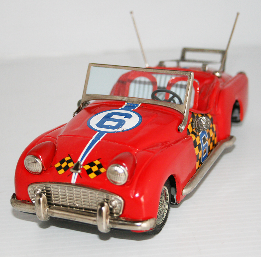 Bandai 50's Triumph TR 3 Nº 6 Convertible Friction 8 inches (20 cm) original tin toy car