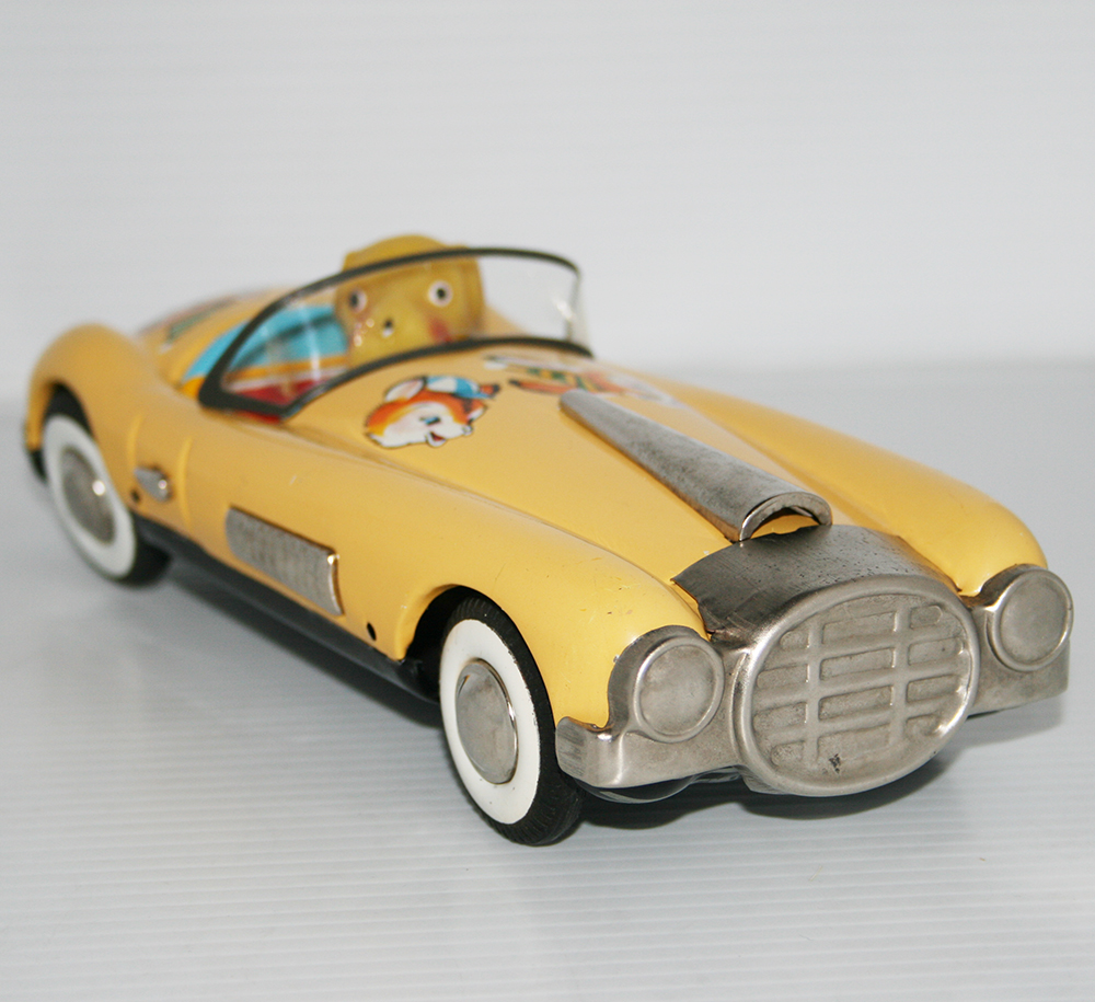 Marusan San Japan 60's Cunningham with Dog Friction 9.25 inches (23.5 cm) original tin toy car